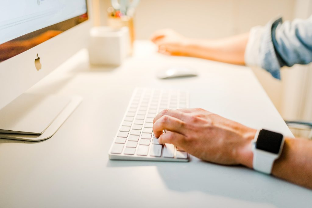 Email Titans Mac Keyboard Typing